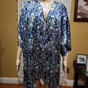 Vintage kimono robe with tie attached Kathryn L